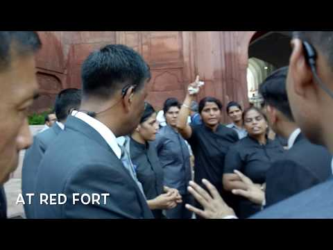 PM's SPG insulted A female Security Personal at Red Fort during Independence Day celebrations
