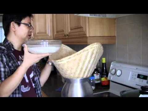 How to cook or make sticky rice (glutinous or sweet rice) the traditional way