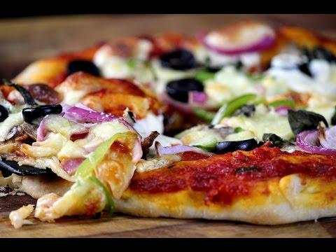 Cheese Burst Pizza | Sanjeev Kapoor Khazana