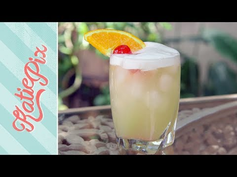 How To Make A Whiskey Sour Cocktail Recipe | Katie Pix