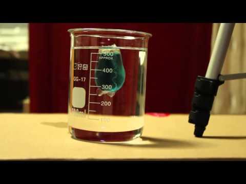 Laundry liquid capsule dissolving test