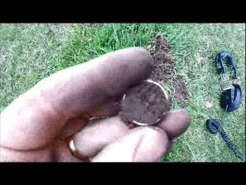 Unique 1960 Silver Quarter Dollar Ring find.  Metal detecting Wisconsin.