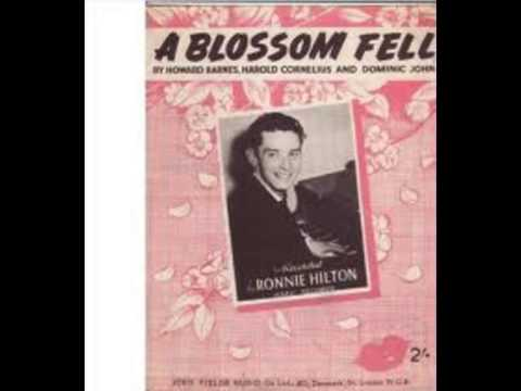 Ronnie Hilton 'A Blossom fell' (1955)