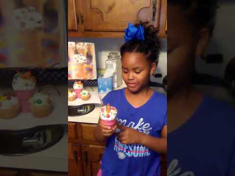 GG'S Ice cream cone cupcakes(2)