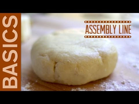 Basic Pie Dough for Thanksgiving Pies | Assembly Line