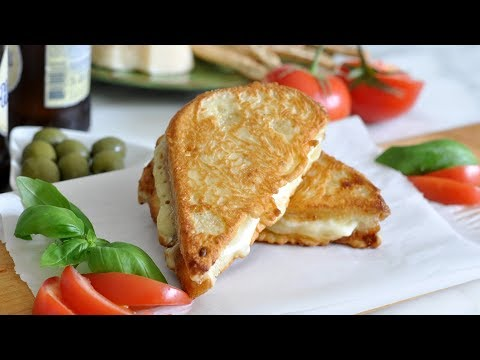 Mozzarelle in Carrozza by Cooking with Manuela