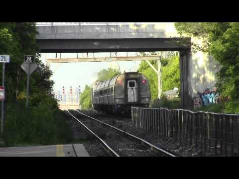 Amtrak Maple Leaf sounds horn through Long Branch
