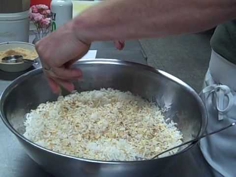 How to Make Tropical Rice Storm