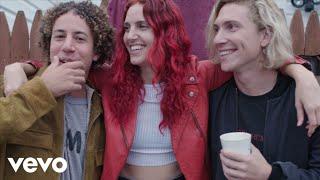 Lewis Del Mar - Lizzy + Lewis Del Mar: Hanging in the Rockaways