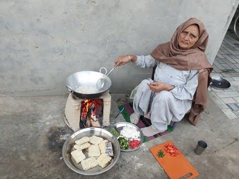 MAGGI MASALA RECIPE   VEG MAGGI   maggie noodles veg village food factory