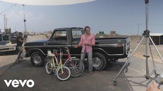 Carlos Vives, Shakira - La Bicicleta - Behind the Scenes