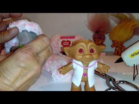 Troll Doll Hair Replacement with Yarn DIY EASY Yarn Wig Tutorial