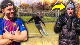 HEIßESTE & HÄRTESTE FUßBALL CHALLENGE! (KEIN TOR = ANZIEHEN)