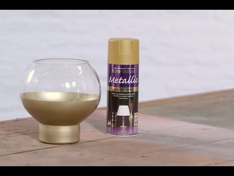 How to Spray Paint a Glass Vase