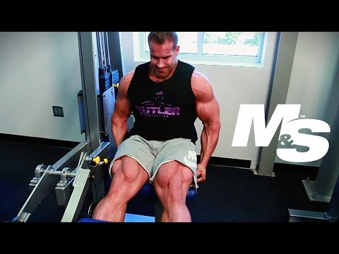 Jay Cutler's Training Tips: Leg Extension Targeting Upper Quads