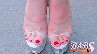 THE BABS: SEXY FEET & the VIEW in GLASS SHOES!