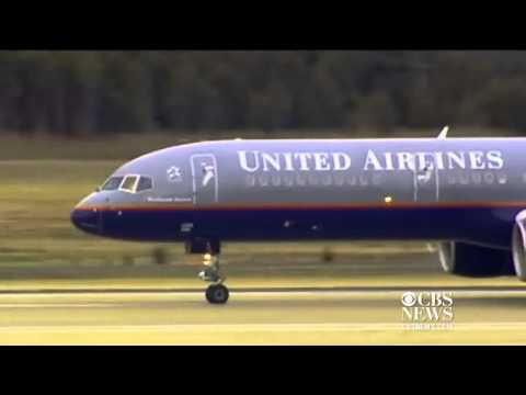 United offers subscription for checked baggage