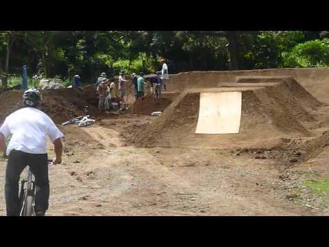 mountain bike dirt jump 1st try Bathala Park Tanay