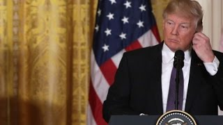 Trump ignores media question on Russian contacts