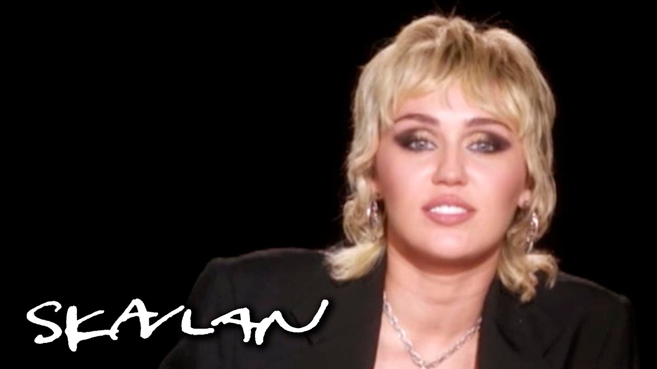 Miley Cyrus on dealing with divorce and loss: –This is why I don't cry too much | SVT/TV 2/Skavlan