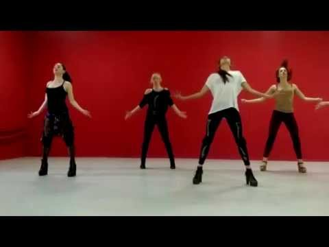 Dance classes in da YaMotionDS. High heels by Crystal