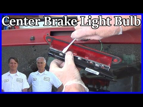 How to Replace the Center Brake Light Bulbs Ford Escape 2001-2007