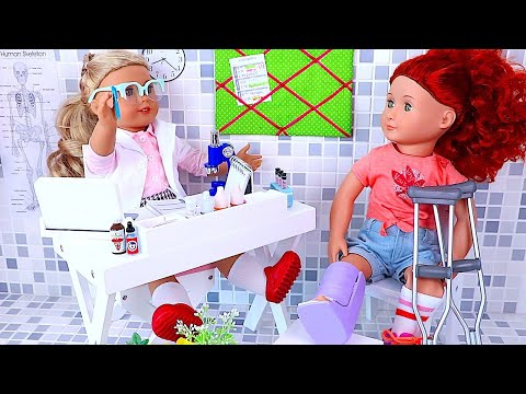 Play with AG & OG Dolls Doctor Toys and Check up! 🎀