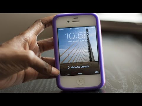 How to Make the Keyboard Buttons Bigger on an iPhone