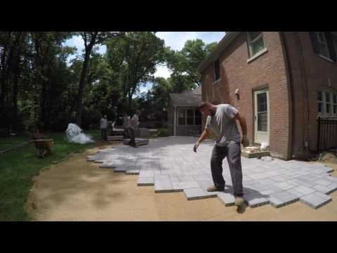 How We Build & Install a New Back Patio from Techo-Bloc Blu 60mm