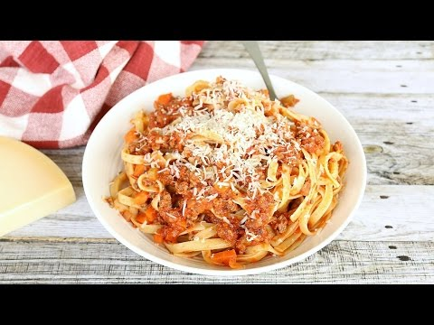 Bolognese Sauce Recipe - Pasta with Meat Sauce