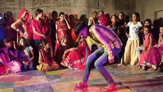 D.j murga dance in comedy