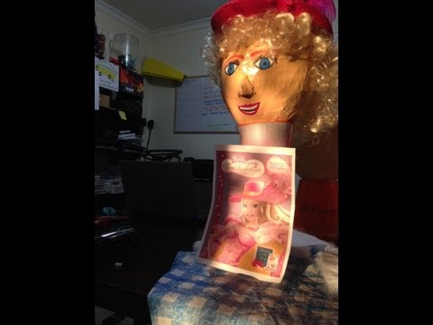 Barbie Muskateer Pinata. How to make Custom Character Pinatas