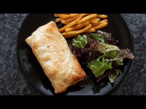How to make chicken and cheese pastie/ easy chicken pastie recipe