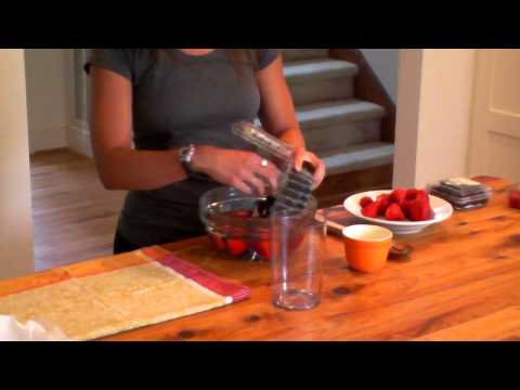 Kelly's Kitchen: Making berries last longer