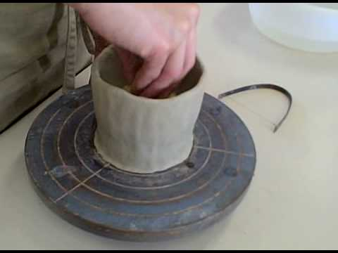 How to make a Pinch Pot Part 1: Forming