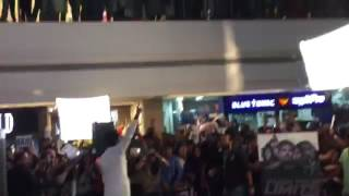 Manu and manveer live in a mall