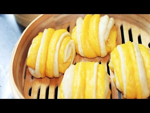 Steamed Pumpkin Buns Recipe/南瓜花卷