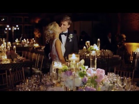 NY Wedding Planner and Floral Designer produces wedding at the Loeb Boathouse Central Park