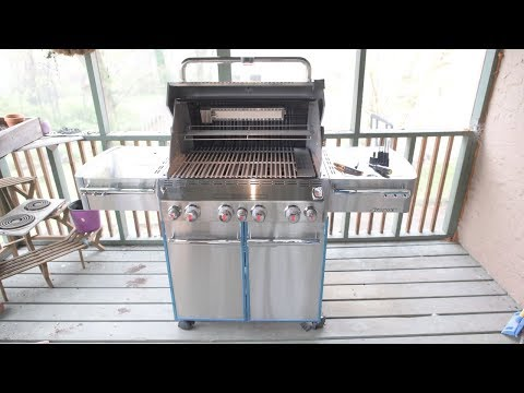Weber Summit S-470 Unboxing, Assembly, and Demo in 4k