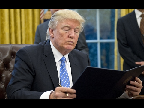WOW: Trump Fails Basic Literacy Test