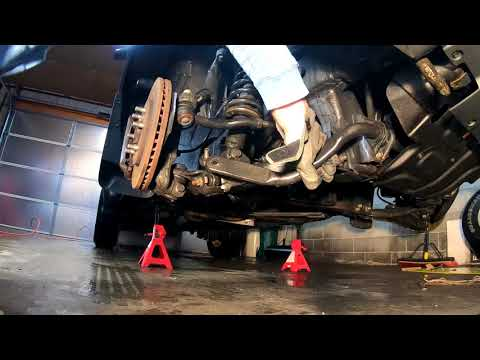 Replacing the front shocks on a Nissan Xterra/Frontier/Pathfinder