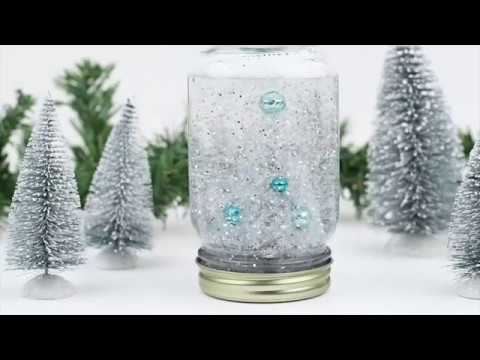 How to Make a Mason Jar Snow Globe
