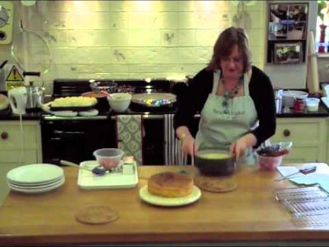 How to make a Summer Fruits Cake with Sarah Whitaker at Aga Twyford