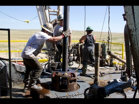 Roughnecks at Work in HD - Drilling Rig Pipe Connection