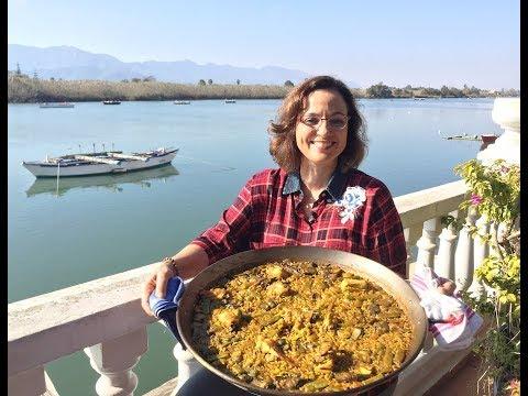 Mastering Paella in Valencia , Spain