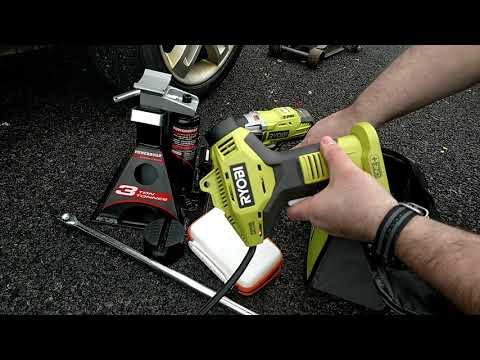 My roadside emergency / flat tire kit