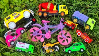 Finding some of my favorite toy vehicles from an old bungalow house  PlayToyTime TV