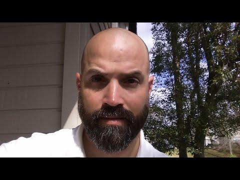 How To Trim a V-Shaped Beard