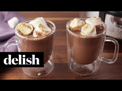 How to Make Crock-Pot Red Wine Hot Cocoa | Recipe | Delish