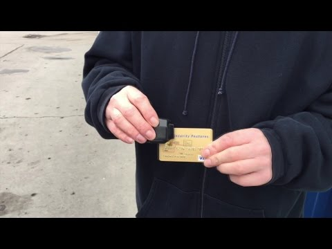 How credit card skimmers work